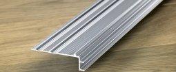 Вспомогательный алюминиевый профиль Quick-Step для отделки лестниц к ламинату 7 мм
