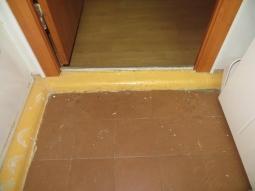Демонтаж бетонного плинтуса