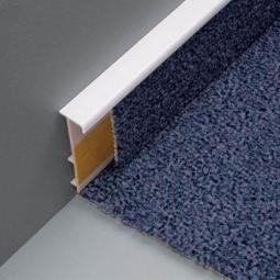 Устройство плинтуса под ковровое покрытие